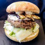 "Burger ""Le Chevre aubergine"""
